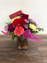 """Loves Ya"" Vase arrangement with ""loves ya "" bar"