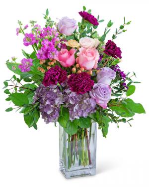Loveswept Flower Arrangement in Nevada, IA | Flower Bed