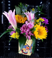 Loving Butterfly Kisses Mixed flowers