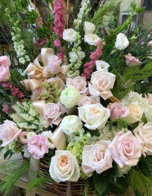 Loving Farewell Willow basket in Northport, NY | Hengstenberg's Florist