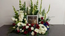 Loving Memory Tribute  Wreath Urn/Picture