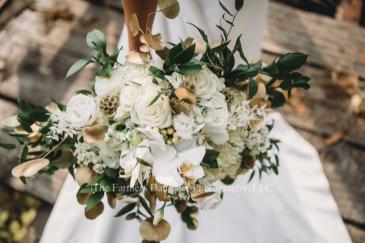 Lush gold & white Bridal bouquet