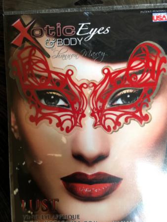 Lust Vinyl eye appliqué