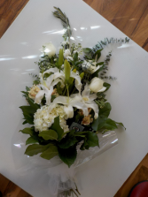 Luxurious White Premium Bouquet
