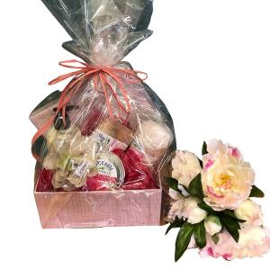 Luxury Beauty Box Gift Basket in Abbotsford, BC | BUCKETS FRESH FLOWER MARKET