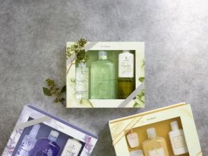 Luxury boxed bath sets   in Olds, AB | THE LADY BUG STUDIO