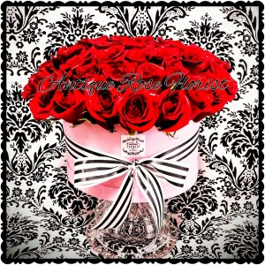 Luxury Flower Box,  LARGE Over 40 roses *  Red roses (or any color Rose can be put in these boxes)