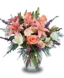 PEACH PALETTE Flower Vase