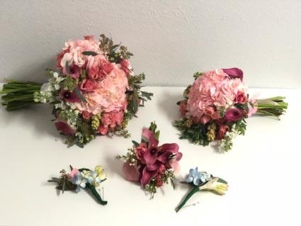 MAGICAL WEDDING COMBO  Bouquet Combo