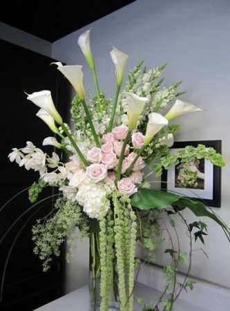 Magnificent Blooms Vase Arrangement