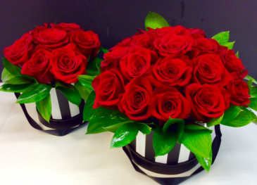 Magnificent Roses Hat Box
