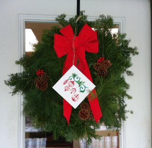 Maine Balsam Fir,Cedar and Pine Wreath Holiday Decoration in Norway, ME | Green Gardens Florist & Gift Shop