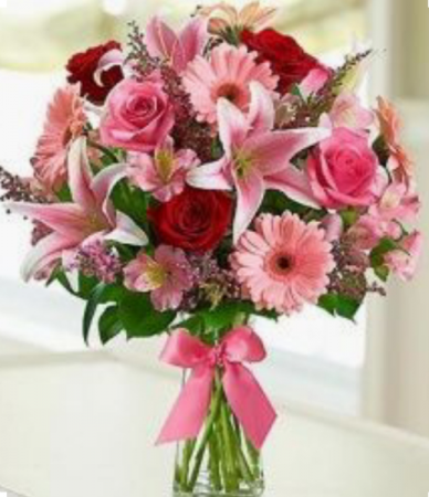 Make Her Blush      FHF-27 VASE ARRANGMENT