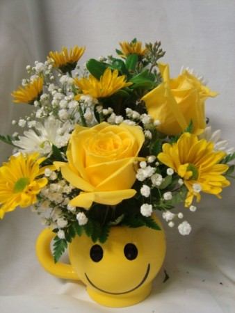 Make someone HAPPY! yellow roses and white and yellow daisies with baby's breath