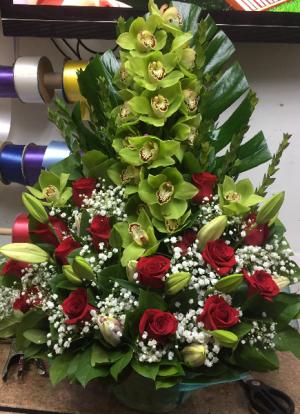 Orquidias and Red Roses  in Bronx, NY | ALTA FLORISTERIA