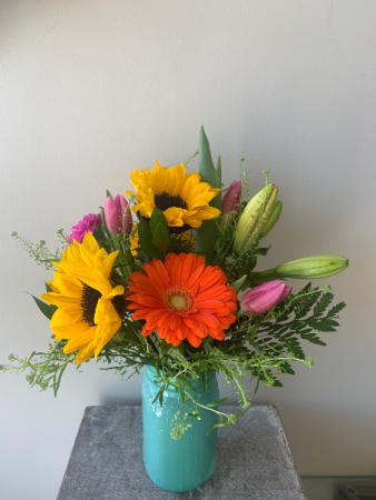 mason jar floral arrangement 5ed150ae944982.23029229.425
