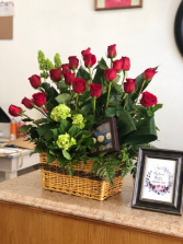 Splender of Roses Rose Arrangement