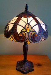Medium size tiffany style lamp Memory Lamp