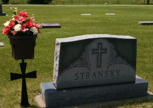 Memorial Day Planter with Cross  in Highmore, SD | Amber Waves Floral & Gifts