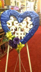 Memorial heart with triple cross blue Memorial