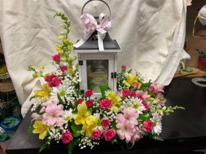 Memories Lantern with fresh flowers in Fairfield, OH | NOVACK-SCHAFER FLORIST