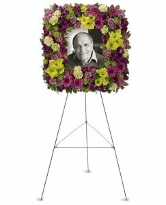 Memories Wreath (2 Day Advance) $200.95, $250.95