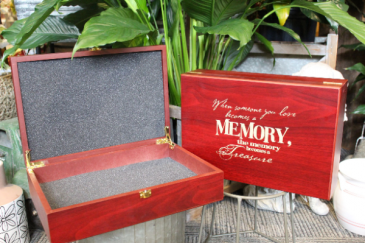 Memory Box Memory box with laser quote