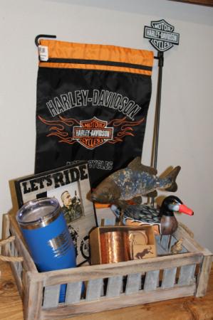 Men's Gift Basket Gift Basket in Emmetsburg, IA | Blossoming Creations