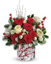 MERRY BERRY CHRISTMAS Vase arrangement