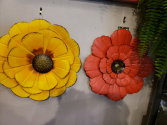 Metal flower red or yellow Giftware