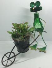Metal Frog Planter