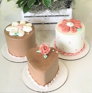 Mini Cakes Sweet Blossoms in Jamestown, NC | Blossoms Florist & Bakery