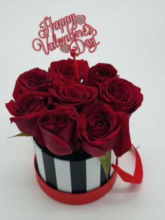 Mini Valentines Bucket Box of 8 Red Roses