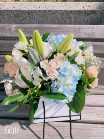 Mix flower Bouquet with box