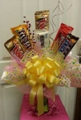 Mixed Candy Arrangement (candy & color will vary)