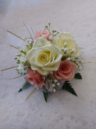 Mixed color Corsage