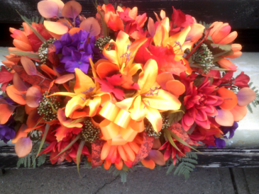 MIXED FALL FLOWER GRAVE SADDLE