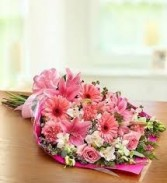 G 6-Mixed flower Presentation Bouquet (Flowers and Colors may vary)