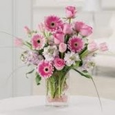 NB 8-Mixed Flowers in a vase arrangement (Flowers and colors may vary)