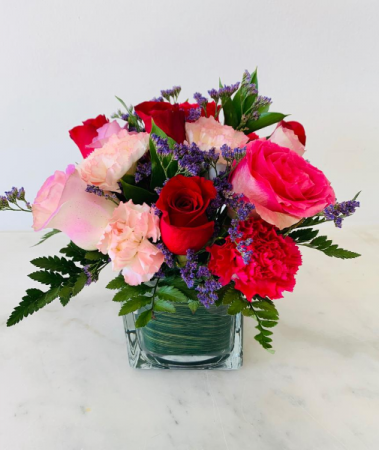 Mixed of Roses & Carnations