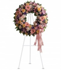 Mixed pink wreath with roses
