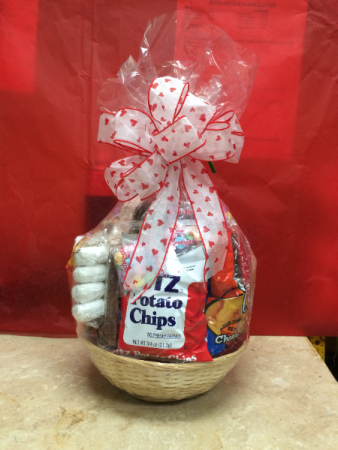 Mixed Snack Baskets Special Valentine's Day