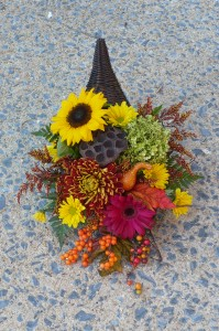 Modern Cornucopia Fresh Cut Autumn