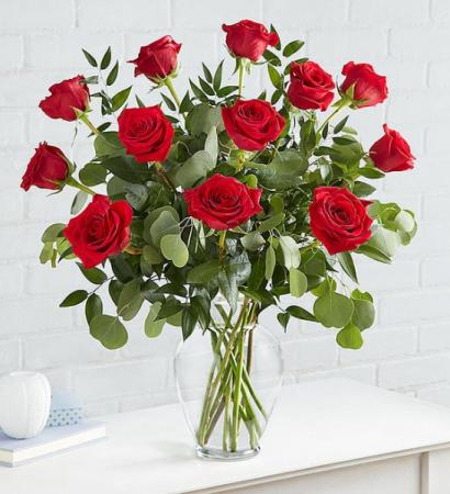 Heart's Desire 12 Rose Rose Arrangement