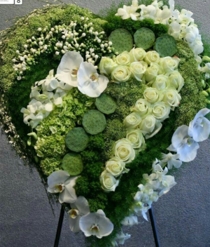 Modern Heart For the artsy loved one.  in Ozone Park, NY | Heavenly Florist