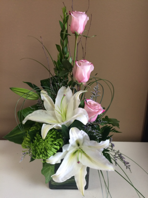 Modern Lilies & Roses  in Seabrook, TX | SEABROOK HOUSE OF FLOWERS