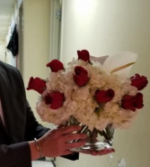 Modern Low and Lush Dozen roses