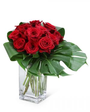 Modern Roses (12) Flower Arrangement in Nevada, IA | Flower Bed