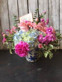 Mom in Pastels Flower Arrangement