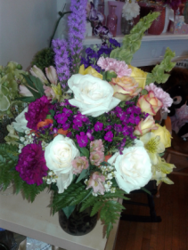 Mom is royality Mixed Bouquet